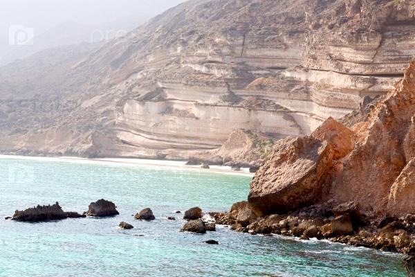 В Оманском береговой линии