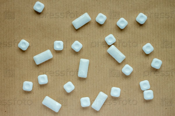 Мяты конфеты и жевательные резинки