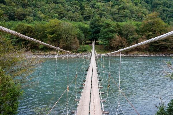Висячий мост через реку Бзыби, Абхазия
