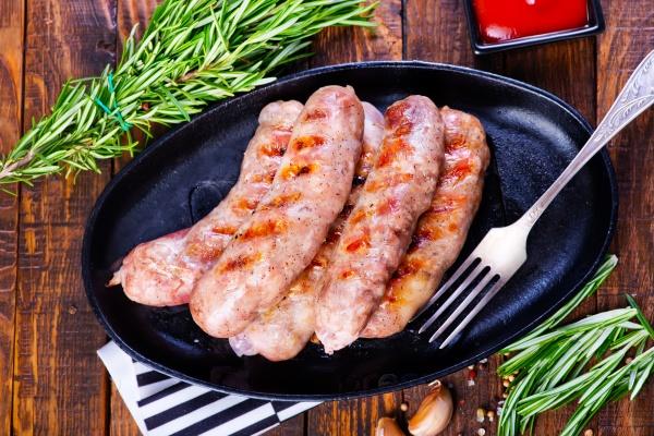 Запеченная колбаса