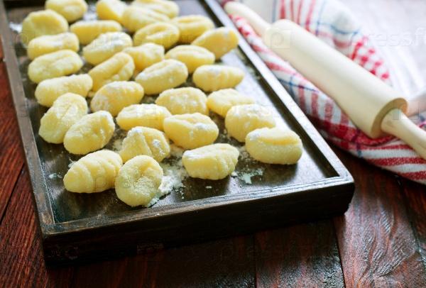 Сырые картофельные клецки