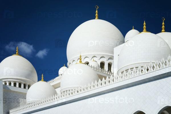 Абу-Даби шейха Заида, Белая мечеть