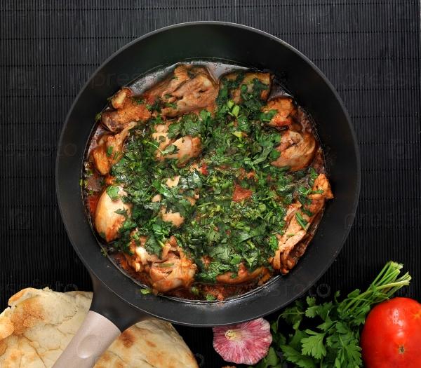 Чахохбили - традиционное грузинское блюдо