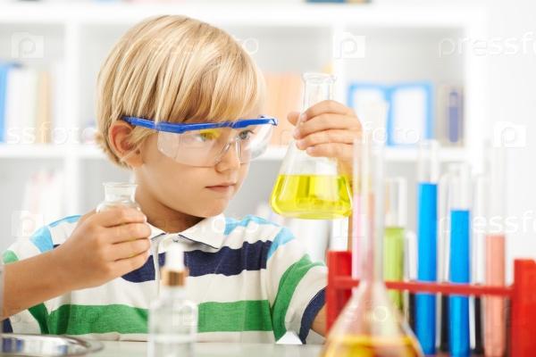 Маленький химик