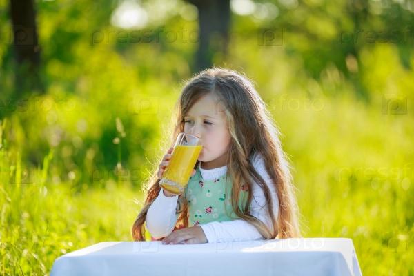 Пить сок