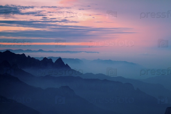 Горы в тумане