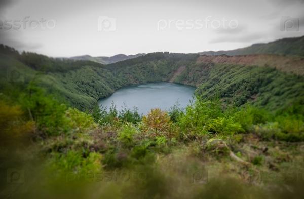 Небольшое озеро Крейтер