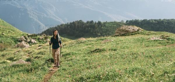 Туристические прогулки в горах