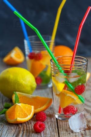 Свежий лимонад