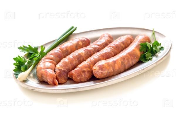 Сырые свиные колбаски
