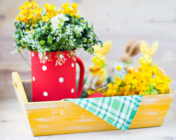 Поднос с цветами