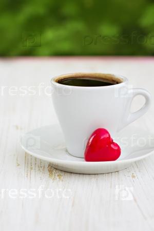 Кофейная чашка и сердце