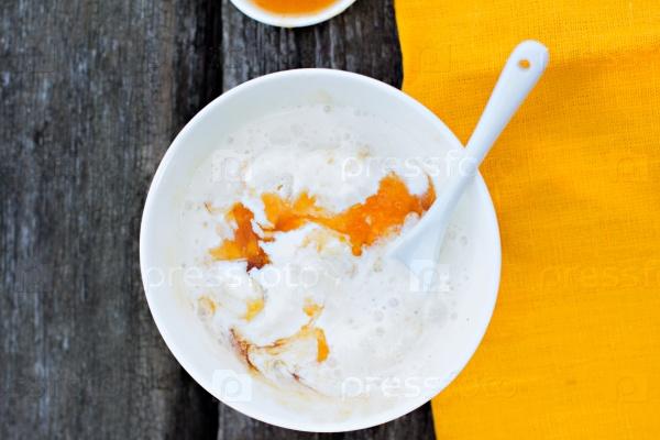 Домашнее мороженое с абрикосами