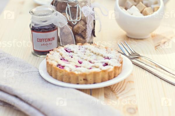 Домашний пирог с кофе
