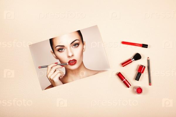 Коллекция аксессуаров макияжа