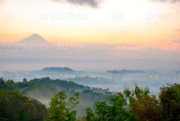 Восход солнца, Боробудур, Индонезия