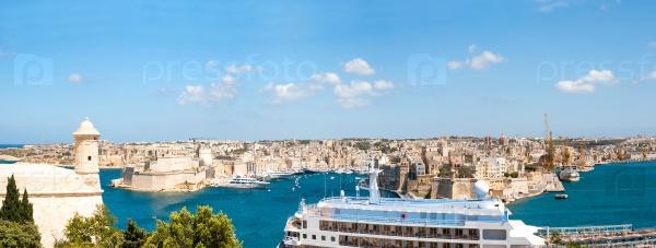 Панорама Валлетты с док-станцией, Мальта