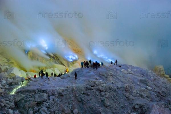 Голубой огонь на Кавах, Индонезия
