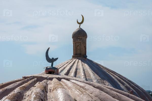 Полумесяц на мечети, Самарканд, Узбекистан