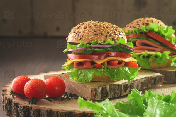 Вкусные и свежие бургеры