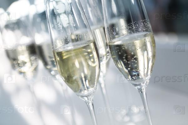 Фужеры шампанского