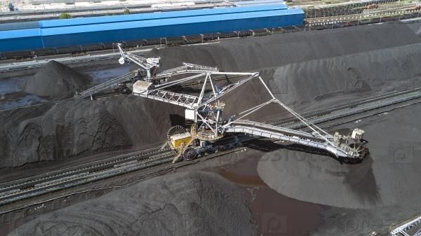 Укладчик-регенератор на угольном терминале