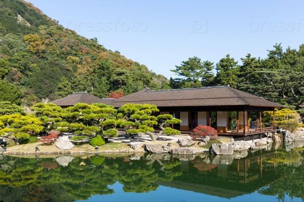 Сад Кокоен в Химедзи Японии