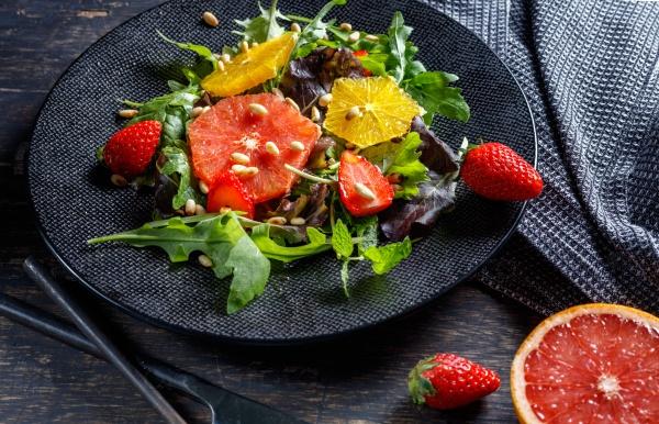Аппетитный фруктовый салат