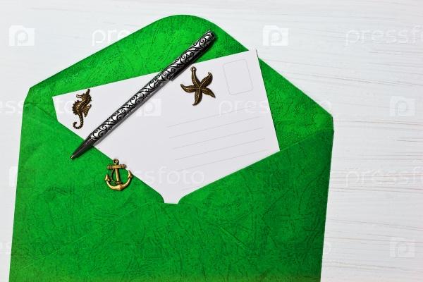 Открытый конверт с письмом