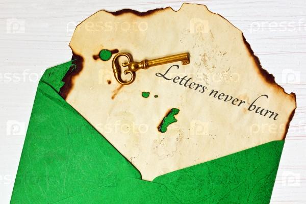 Старое письмо в конверте
