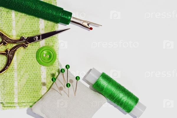 Шитье в зеленых тонах