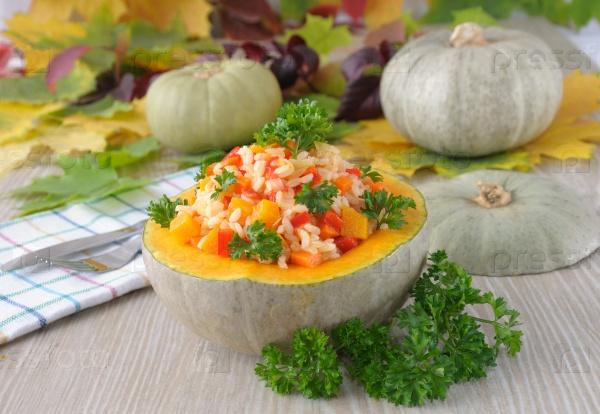 Каша из риса и овощей с тыквой