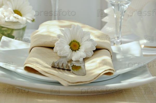 Салфетка на столе