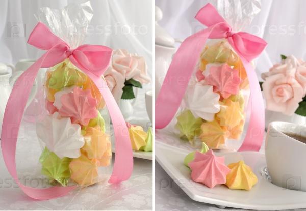 Мини-торты «безе» разных цветов