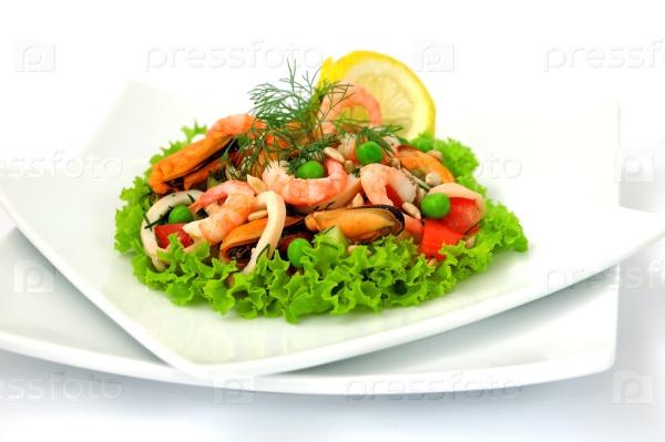 Салат «микс морепродуктов»