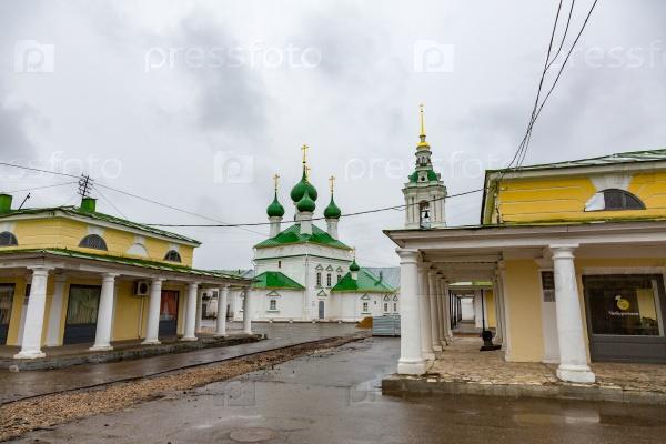 Торговые ряды в Костроме, Россия