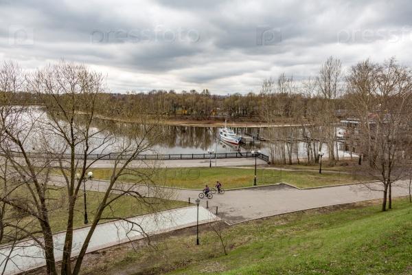 Древний город Ярославль на Волге, Россия