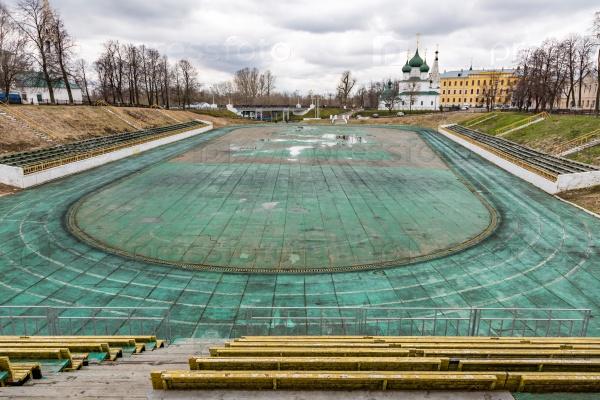 Заброшенный стадион в Ярославле, Россия