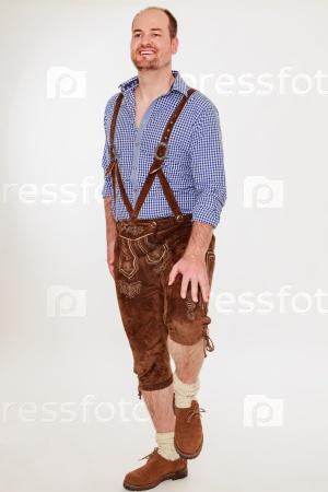 Молодой баварский мужчина
