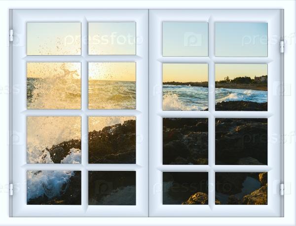 Красивый закат и вид на море из окна