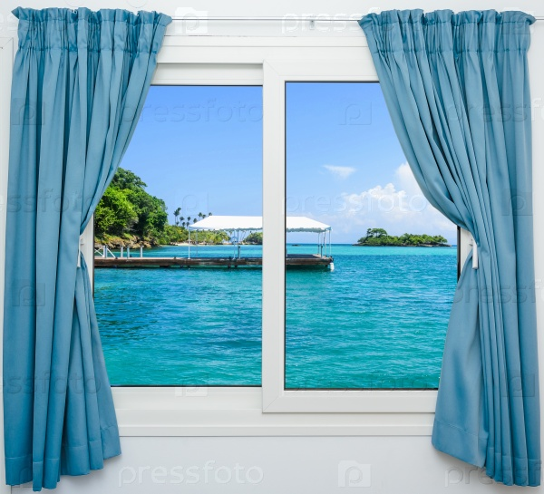 Окно на море