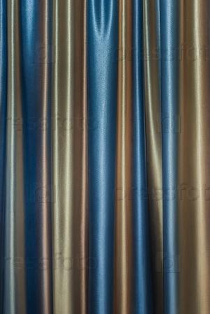 Плотные шторы фон