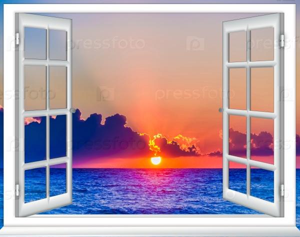 Небо и море в окне