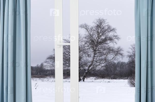 Вид из окна на зиму