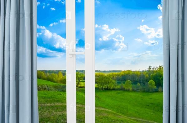 Пейзаж с видом из окна