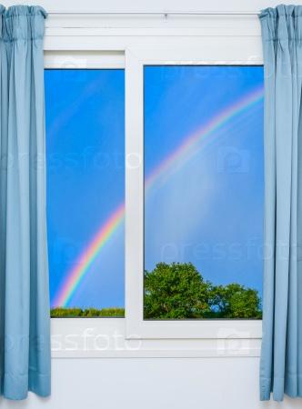 Окна с видом на радугу