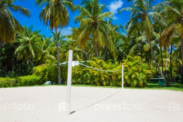 Площадка для волейбола на песчаном пляже