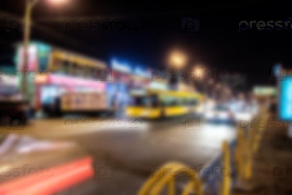 Беспокойная ночная улица
