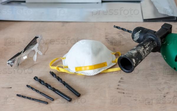 Много различных инструментов