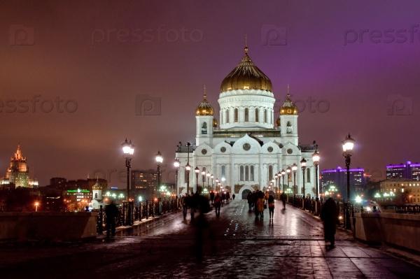 Храм Христа Спасителя в ночное время